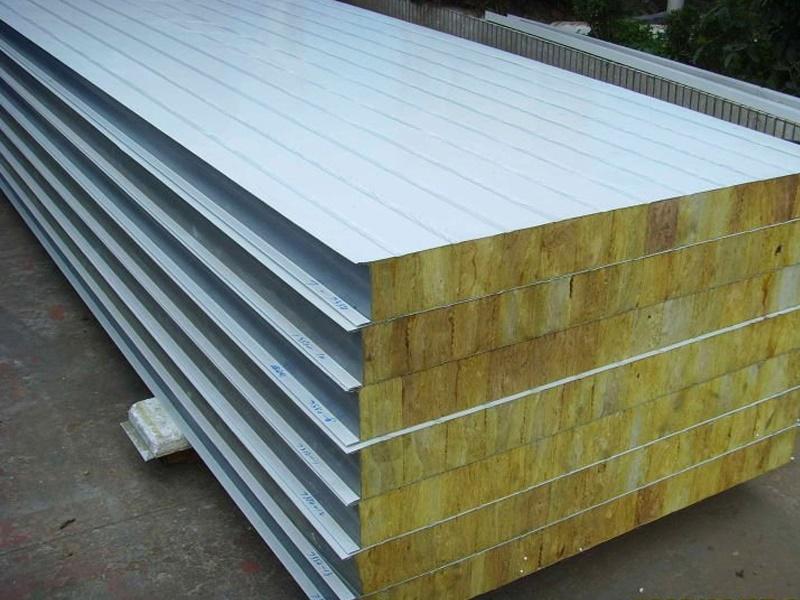 Silex fasadni i krovni sandwich paneli na skladištu i raspoloživi za isporuku